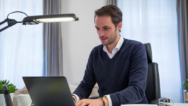 """Beschäftigte können sich im Homeoffice eine Art """"virtuelles Büro"""" schaffen"""