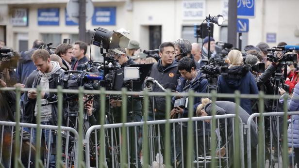 jrgen todenhfer der als bisher einziger journalist zehn tage im islamischen staat unterwegs war erklrt was die attentter so gefhrlich macht - Jurgen Todenhofer Lebenslauf