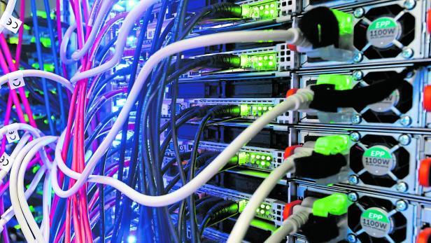 Internet-Datenvolumen steigt rasant - Rechenzentrum 1&1