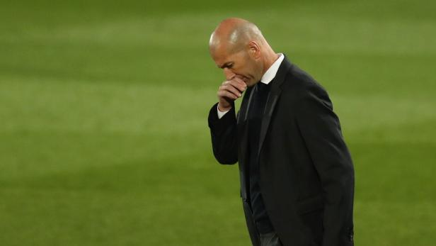 La Liga Santander - Real Madrid v Osasuna