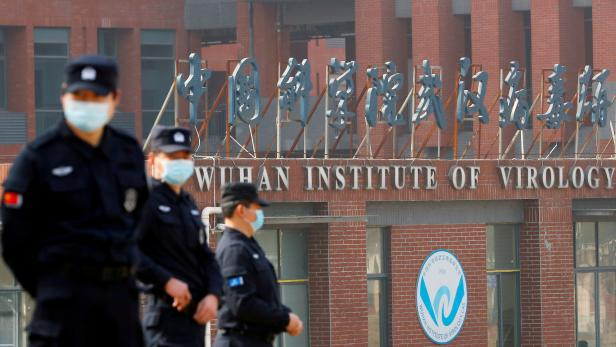 FILE PHOTO: FILE PHOTO: WHO team visits Wuhan Institute of Virology