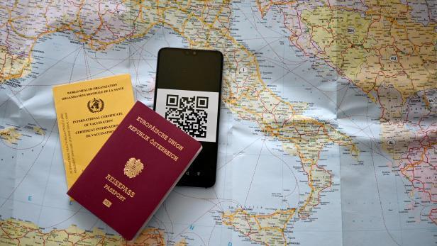 ++ THEMENBILD ++ CORONA: CORONA-IMPFUNG/?EU/?REISEN/?GRÜNER PASS/TOURISMUS/?