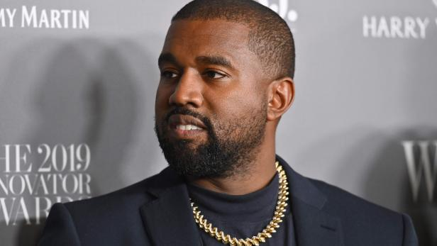 FILES-US-KANYEWEST-SNEAKER