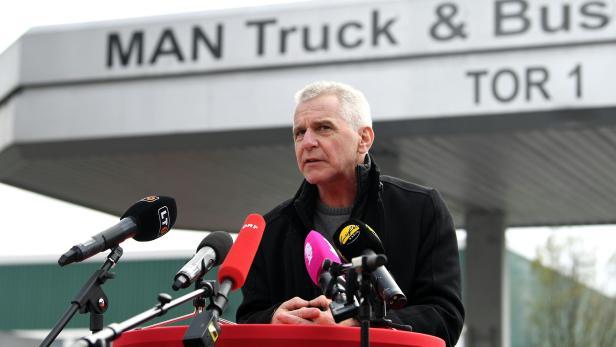 """PK SPÖ OBERÖSTERREICH """"ZUSAMMENHALT IN HARTEN ZEITEN: GEMEINSAM GEGEN ARBEITSPLATZRAUB UND LOHNDUMPING"""":  EMLER"""