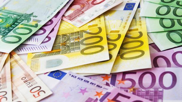 Various Euro banknotes close up