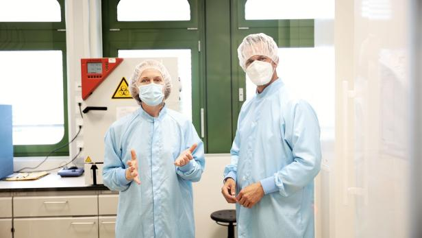 Gesundheitsminister Mückstein zum Start der Produktion von Veterinär-Impfstoffen in der AGES