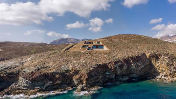 01-Ncaved-House-Greece-1024x576