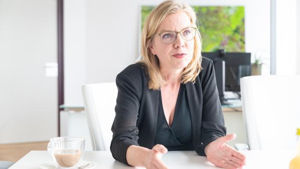 Bundesministerin Leonore Gewessler