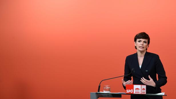 "PRESSEKONFERENZ SPÖ: ""AKTUELLE CORONA-ENTWICKLUNG"": RENDI-WAGNER"