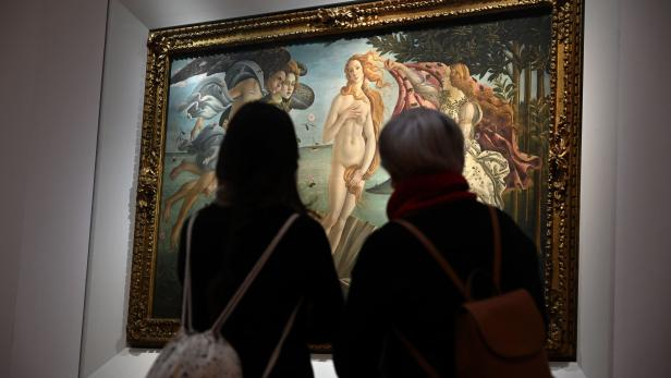 Italy's museums reopen again after COVID-19 closure