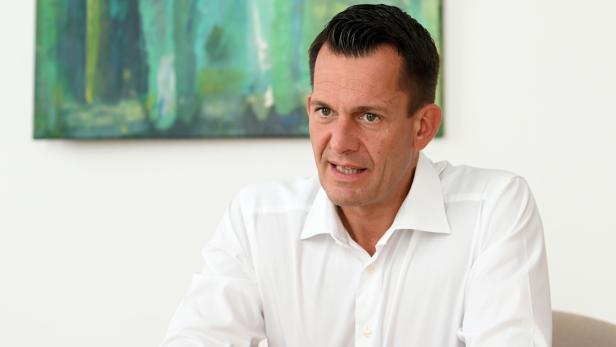 INTERVIEW: GESUNDHEITSMINISTER WOLFGANG MÜCKSTEIN (GRÜNE) ++ ACHTUNG SPERRFRIST BIS 23.07.21, 18:00 UHR ++