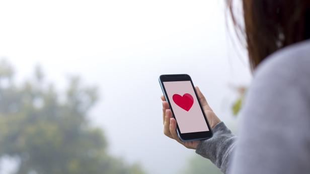 Loking for love online