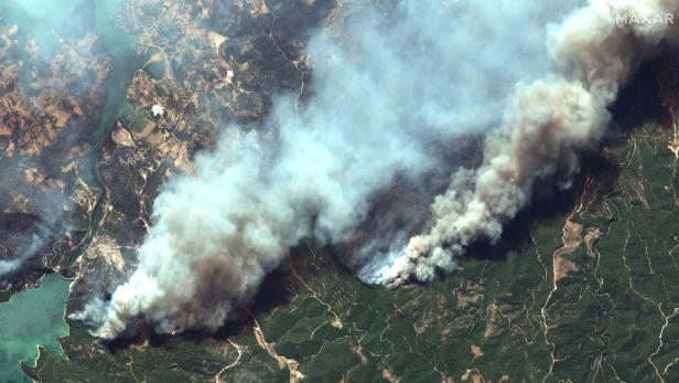 Satellite images of wildfires in southern Turkey