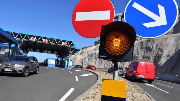 CROATIA-BOSNIA-EU-ECONOMY-TRANSPORT-TOURISM