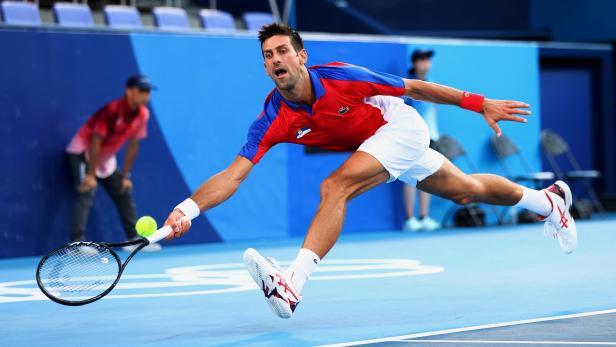 FILE PHOTO: Tennis - Men's Singles - Bronze medal match
