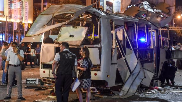 The site of a bus explosion in the city of Voronezh