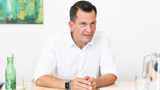 Interview mit Gesundheitsminister Wolfgang Mückstein