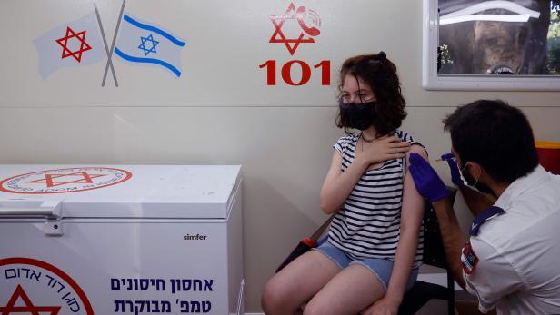 ISRAEL-HEALTH-VIRUS-VACCINE
