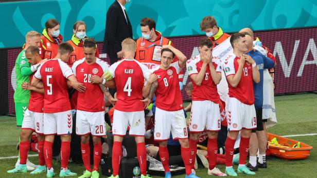 Group B Denmark vs Finland