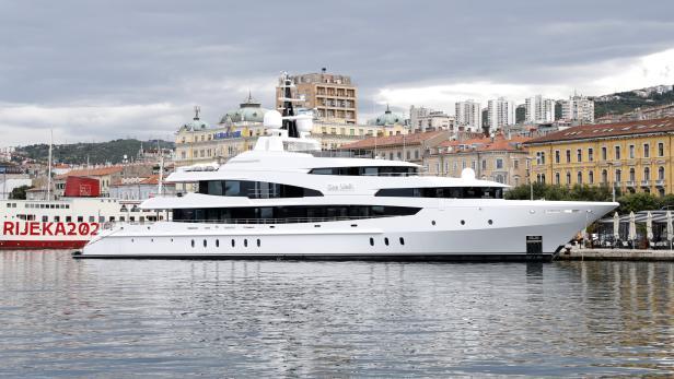 Croatian luxury mega yachts and nautical tourism after COVID-19, coronavirus pandemic