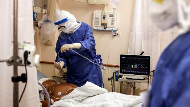FILE PHOTO: COVID-19 wards in Beilinson hospital in Petah Tikva, Israel