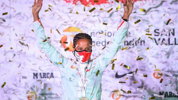 Kenyan Ebenyo wins at San Silvestre race