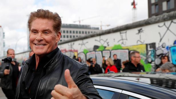 """FILE PHOTO: Actor Hasselhoff presents audio book """"Up against the Wall - Mission Mauerfall"""" in Berlin"""