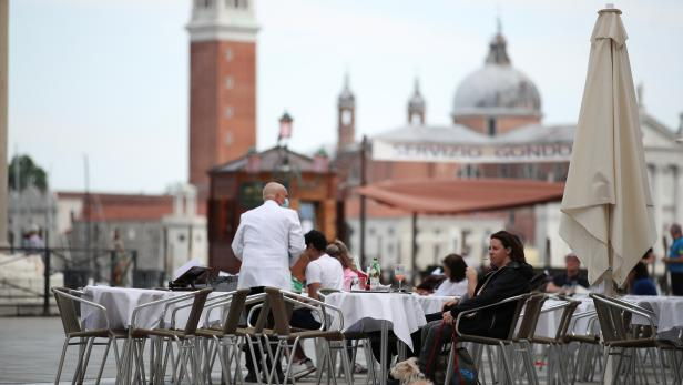 """Venice becomes a """"white zone"""" following relaxation of COVID-19 restrictions"""