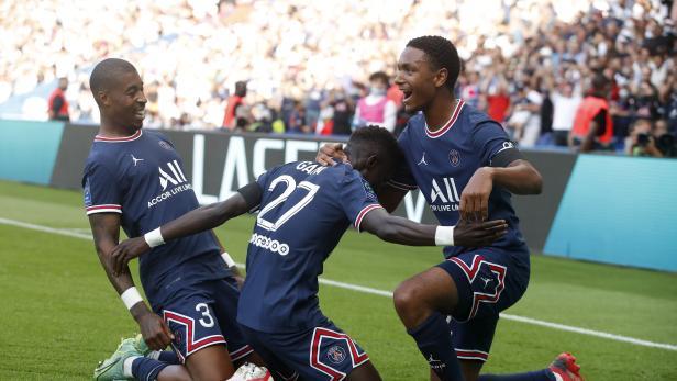 Ligue 1 - Paris St Germain v Clermont