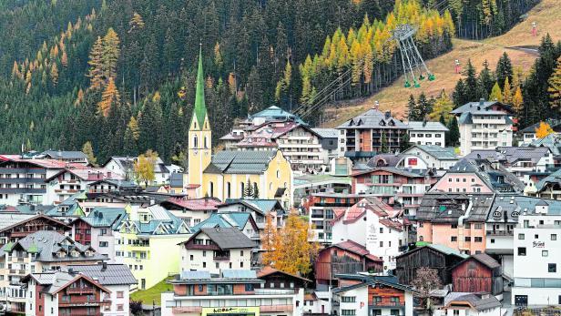 ski-leisure-FILES-AUSTRIA-HEALTH-VIRUS-SKI-TOURISM-JUSTICE