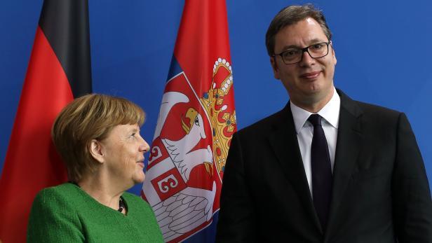 Serbian President Aleksandar Vucic meets Chancellor Merkel