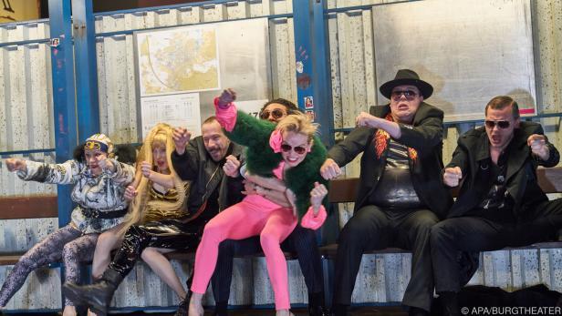 "Das Burgtheater spielt ""Zdenek Adamec"""
