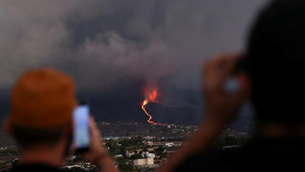 Eruption of a volcano on the island of La Palma