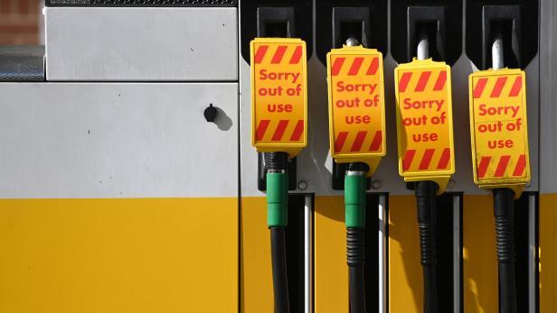 UK faces fuel shortage