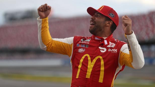 MOT-NAS-SPO-NASCAR-CUP-SERIES-YELLAWOOD-500