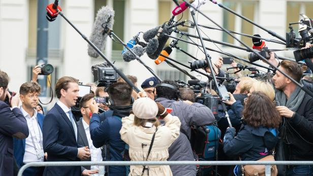 ÖVP-ERMITTLUNGEN: TREFFEN BUNDESKANZLER KURZ (ÖVP) MIT BUNDESPRÄSIDENT VAN DER BELLEN