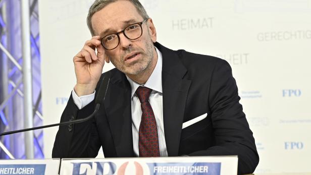 REGIERUNGSKRISE: FPÖ PK ZUR POLITISCHEN SITUATION: KICKL
