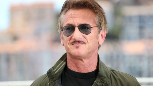 Sean Penn Liebesurlaub Mit Tochter Seines Kumpels Kurierat