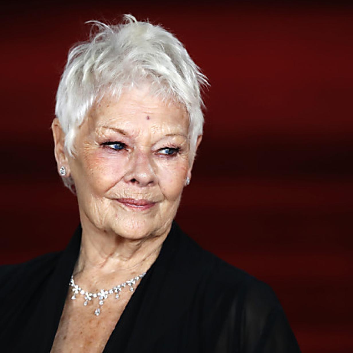Hier bewies die Schauspielerin Judi Dench großen Mut