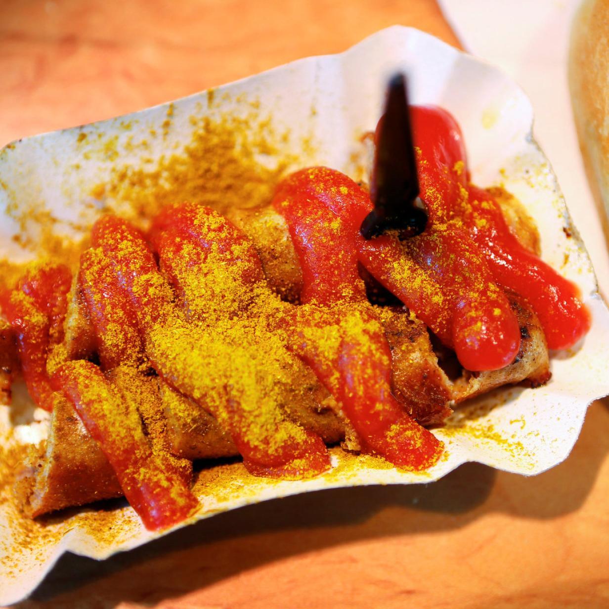 Geschmacksverirrung? Die Currywurst wird 70