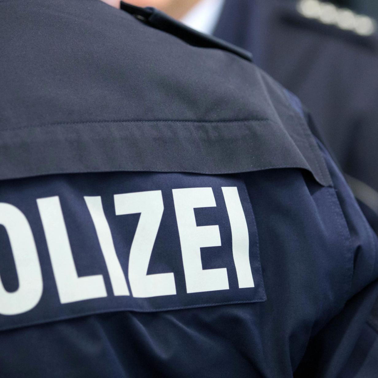 Wien-Landstraße: Jugendliche biss Polizisten
