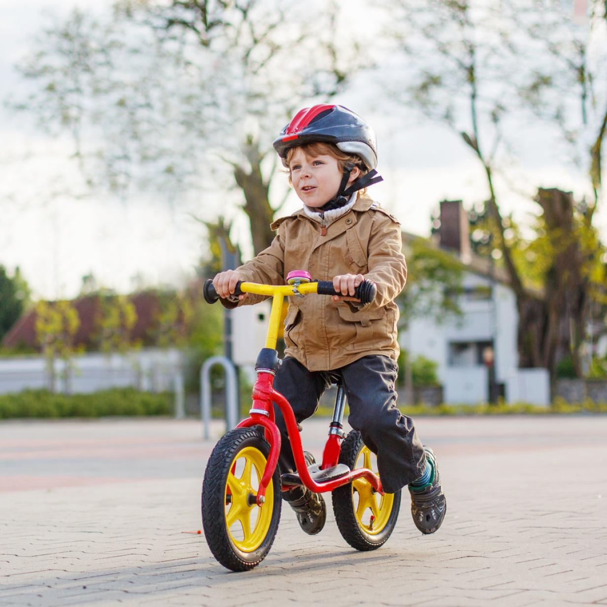 Lass los: Wie Kinder das Fahrradfahren lernen