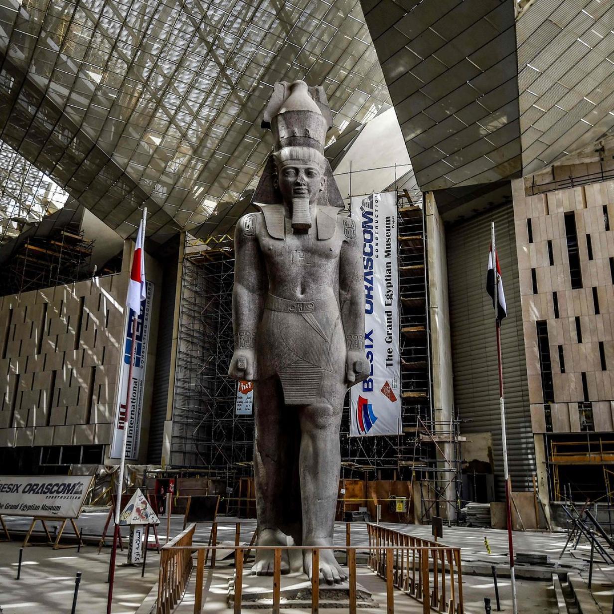 Grand Egyptian Museum: Wer die Pyramide der Neuzeit baut