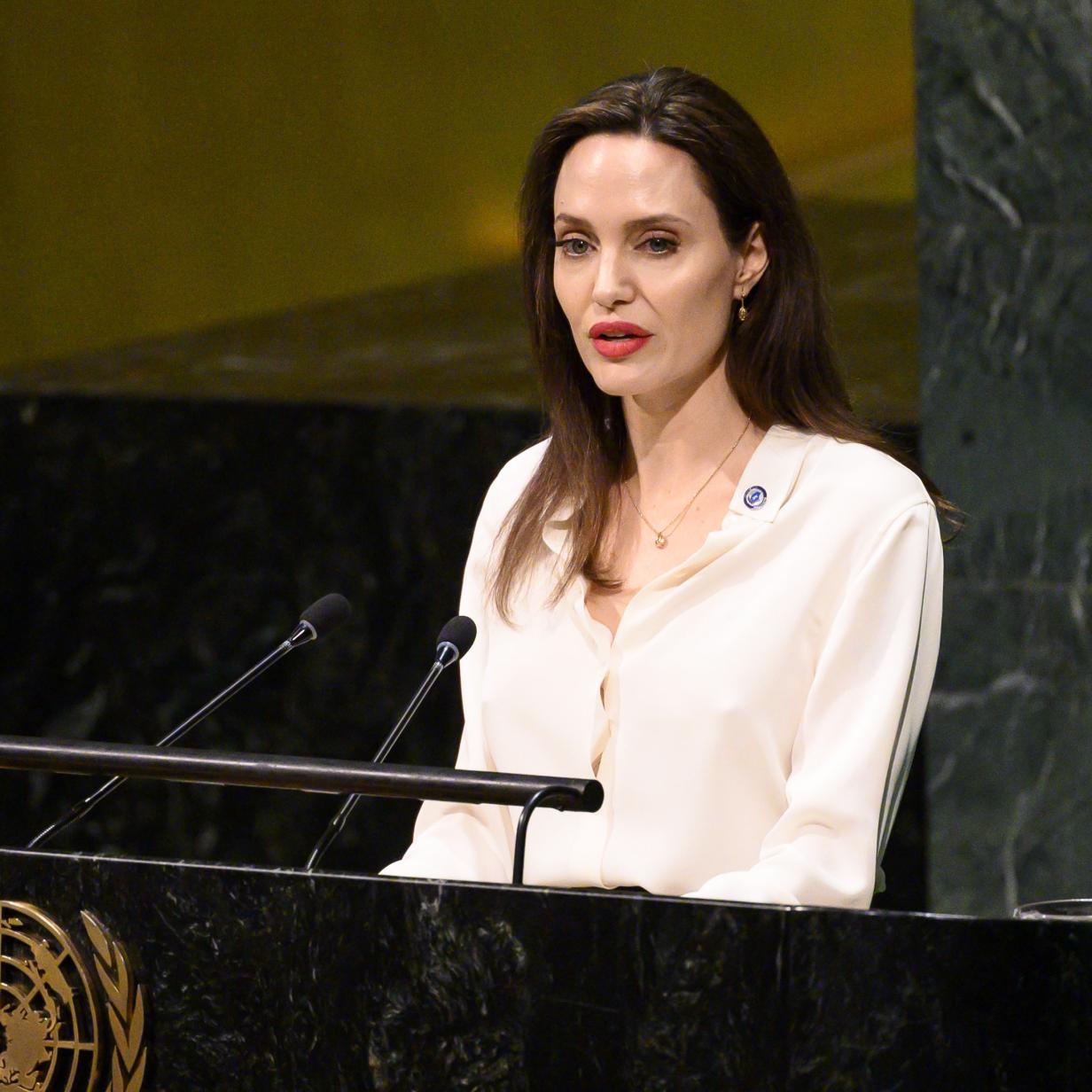 "Zu dünn: Kinder in Sorge um ""hungernde"" Angelina Jolie"