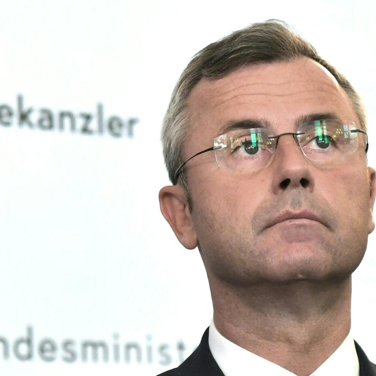 Norbert Hofer: Der Mann für blaue Notfälle