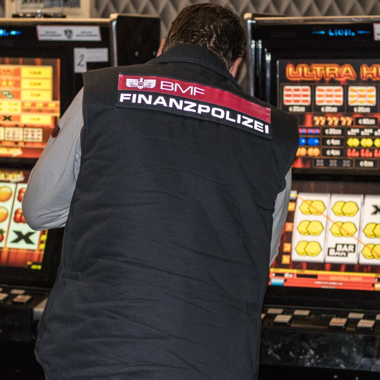 Operation Joker: 600 illegale Glücksspielautomaten sichergestellt
