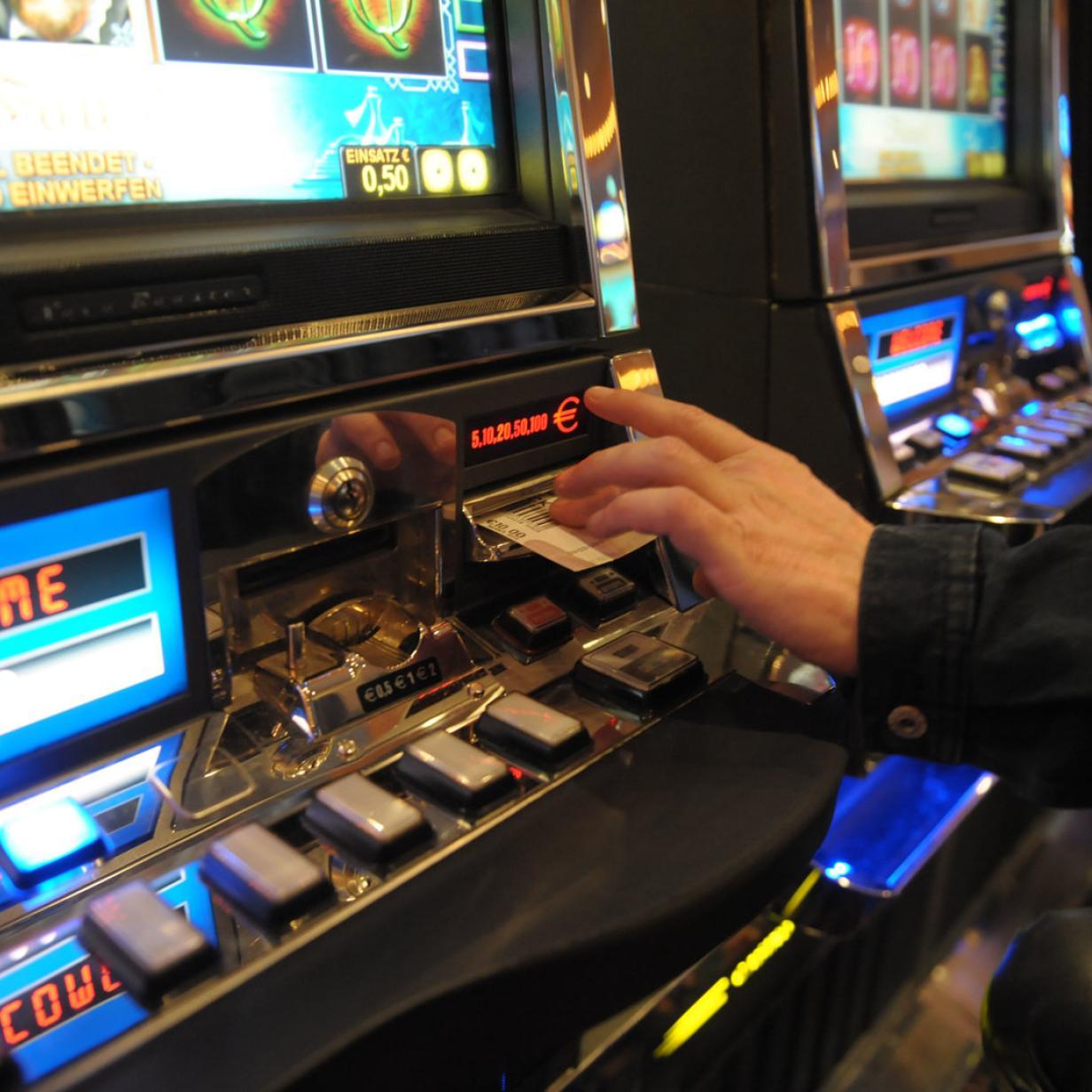 Glücksspiel-Clan: Wiener Familie bunkerte 553 illegale Automaten