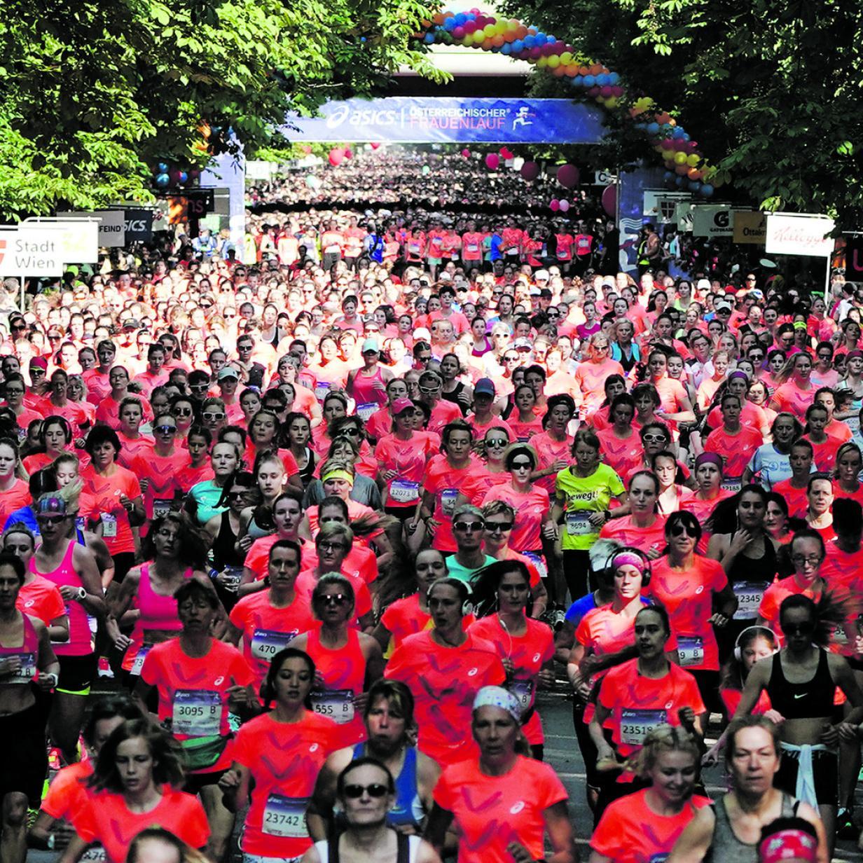 30.000 Frauen setzten laufend ein Zeichen