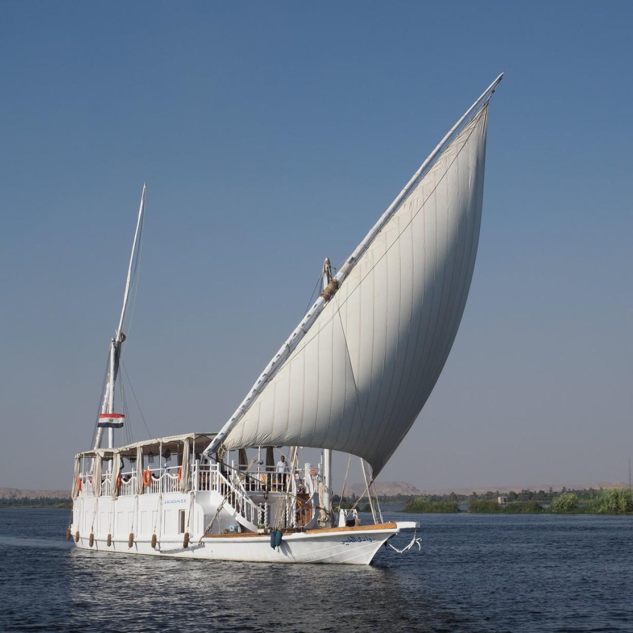 Segeln auf dem Nil: Reisen wie die Pharaonen
