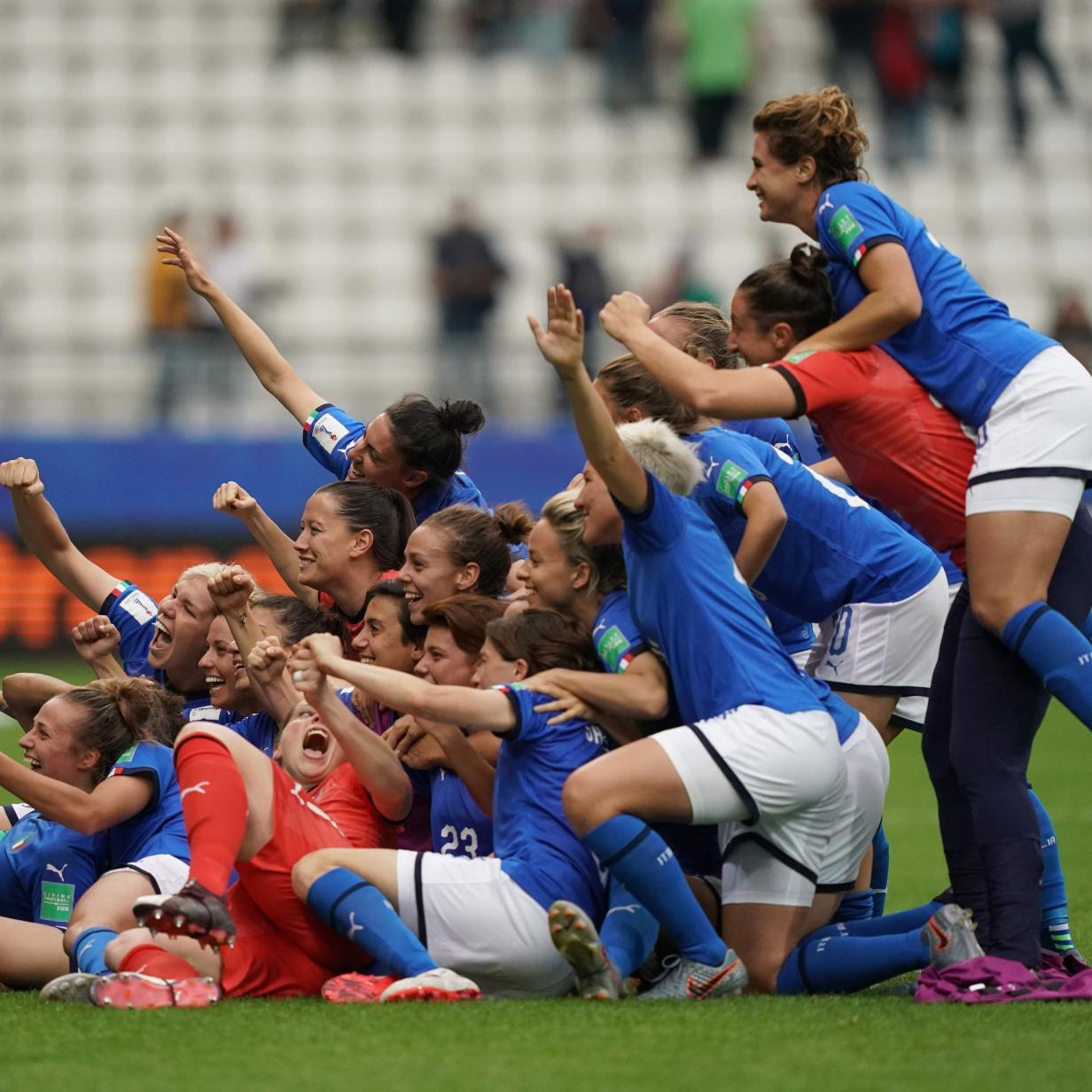 Frauen-WM: Italien und England stehen im Achtelfinale